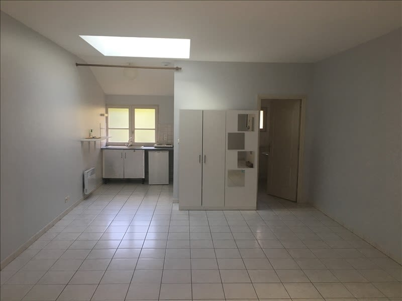 Location appartement Poitiers 379€ CC - Photo 2