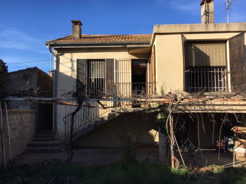 Sale house / villa Nimes 140 000€ - Picture 2