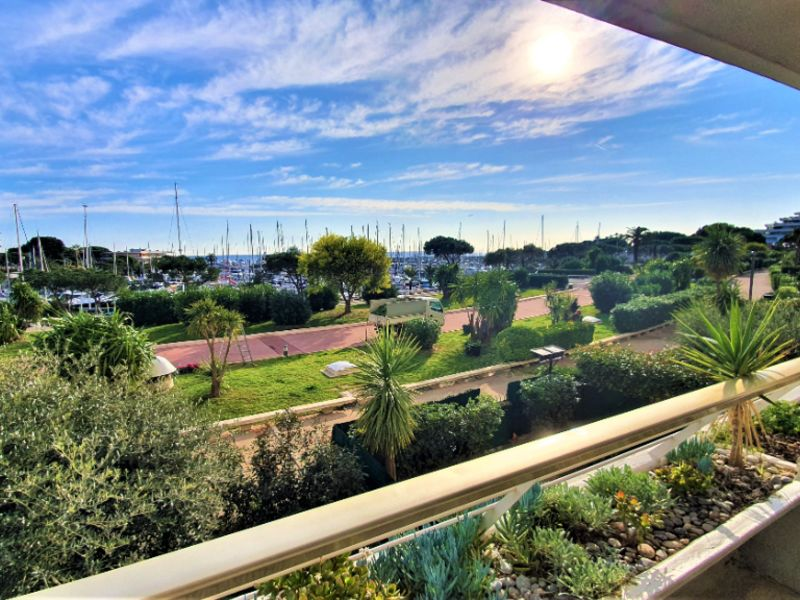 Sale apartment Villeneuve loubet 175 000€ - Picture 1