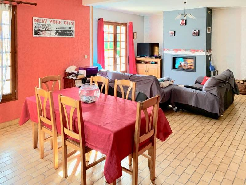 Sale house / villa Le fresne camilly 170000€ - Picture 3