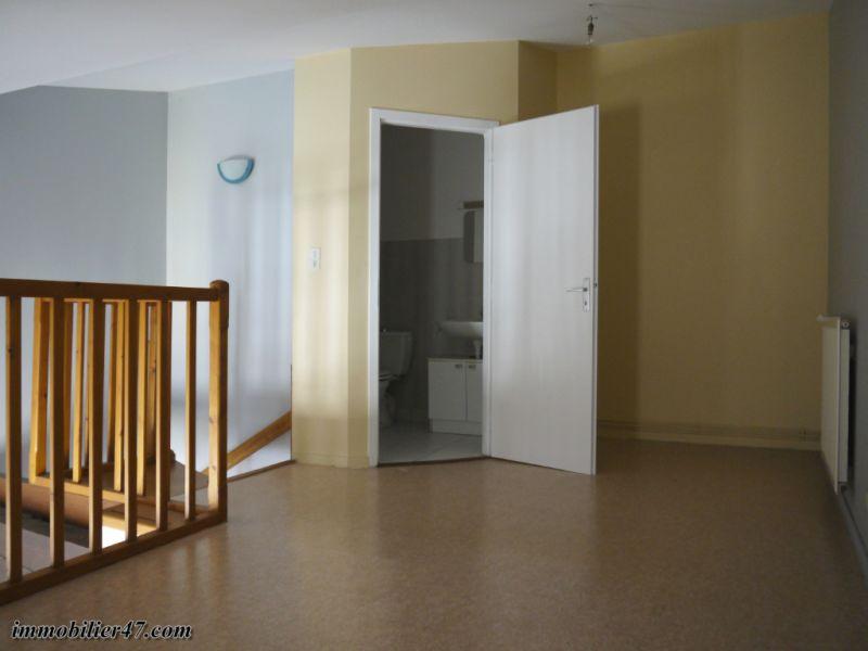 Verhuren  appartement Montpezat 300€ CC - Foto 4