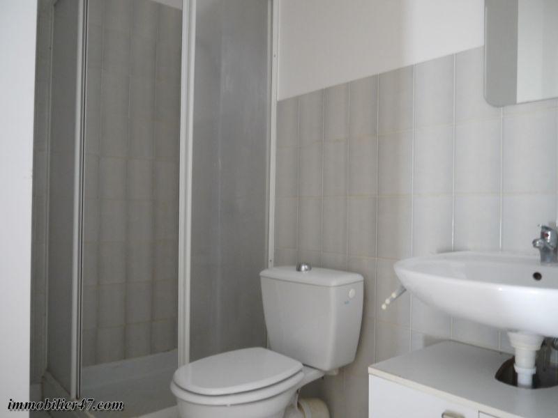 Verhuren  appartement Montpezat 300€ CC - Foto 8