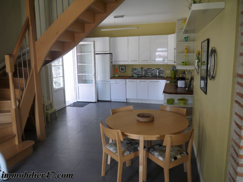 Sale house / villa Laparade 189000€ - Picture 5