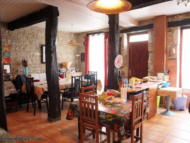 Verkoop  huis Monclar 149900€ - Foto 6