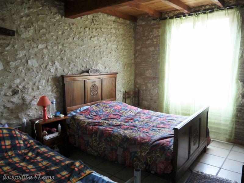 Verkoop  huis Monclar 149900€ - Foto 12