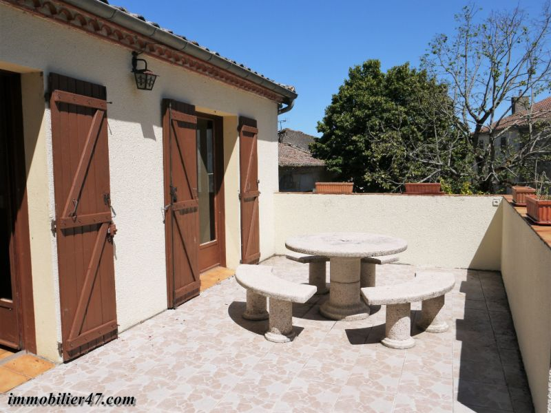 Location maison / villa Montastruc 550€ +CH - Photo 3