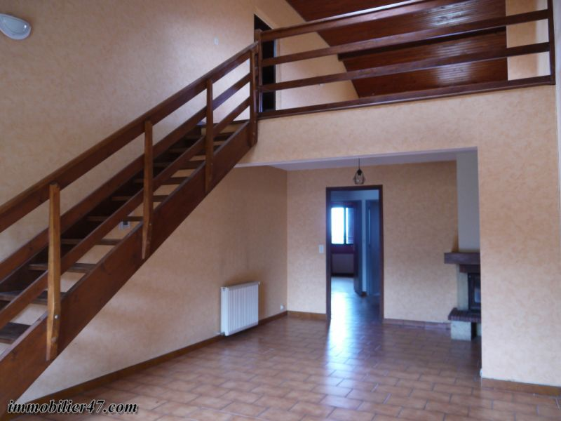 Location maison / villa Montastruc 550€ +CH - Photo 6