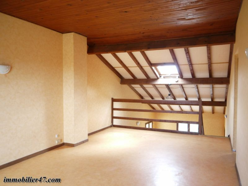 Location maison / villa Montastruc 550€ +CH - Photo 8
