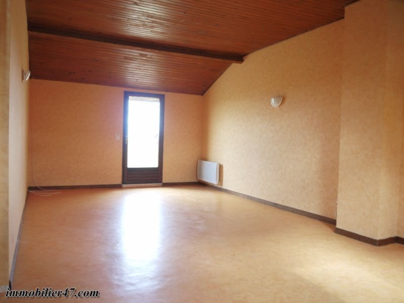 Location maison / villa Montastruc 550€ +CH - Photo 10