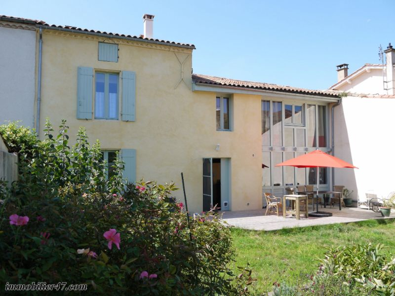 Sale house / villa Tonneins 212 000€ - Picture 1