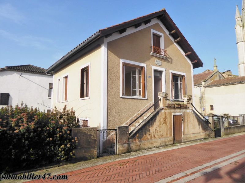 Sale house / villa Castelmoron sur lot 75 600€ - Picture 1
