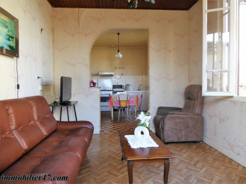 Sale house / villa Castelmoron sur lot 75 600€ - Picture 4