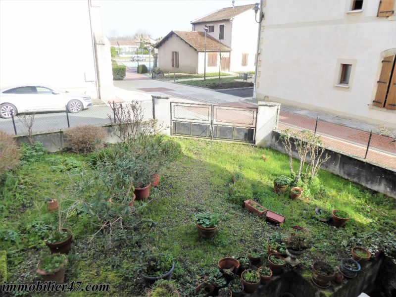 Sale house / villa Castelmoron sur lot 75 600€ - Picture 9