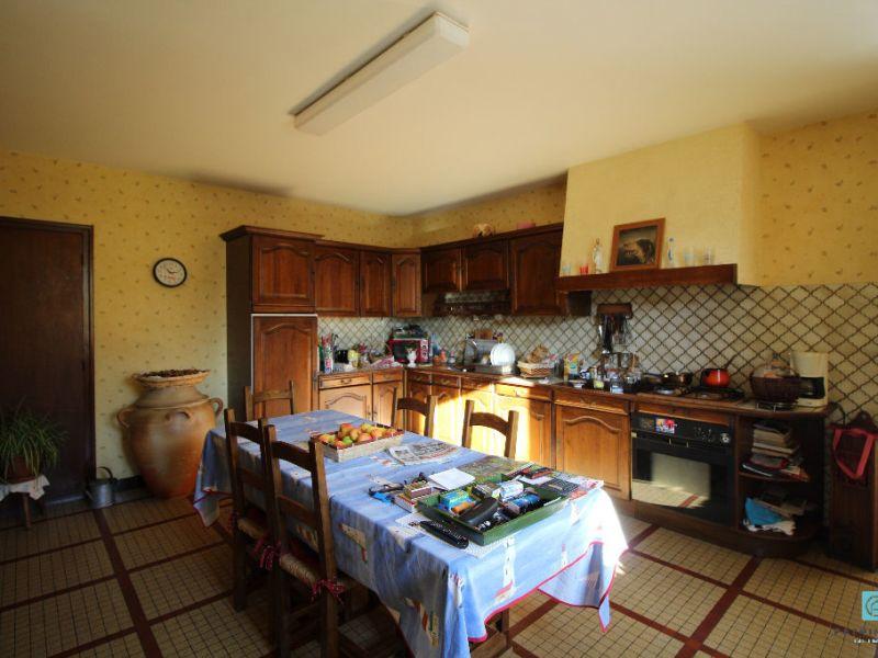 Sale house / villa Clohars carnoet 676000€ - Picture 5