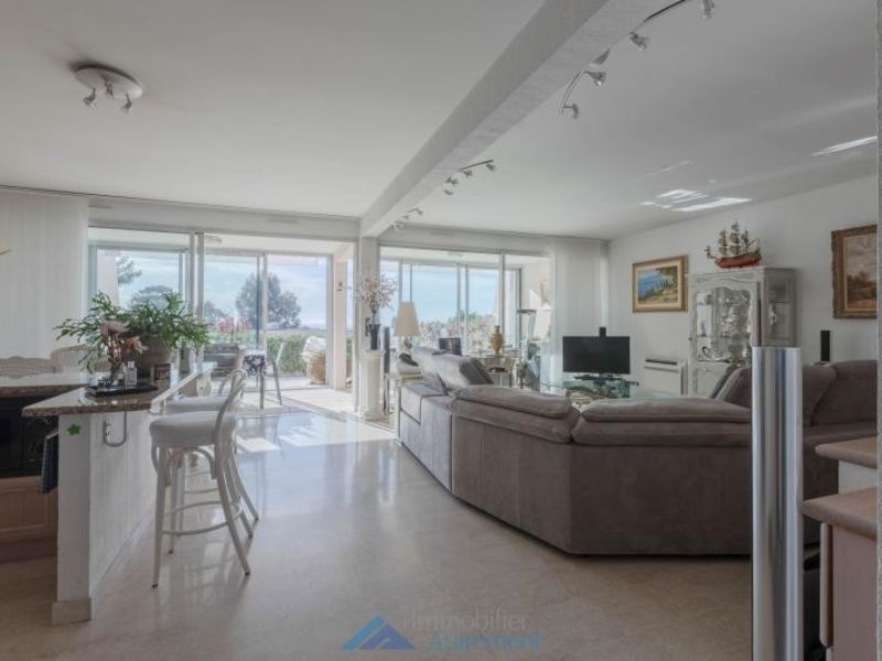 Deluxe sale apartment Cassis 830000€ - Picture 1
