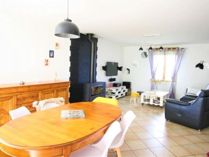 Sale house / villa St fuscien 360000€ - Picture 2