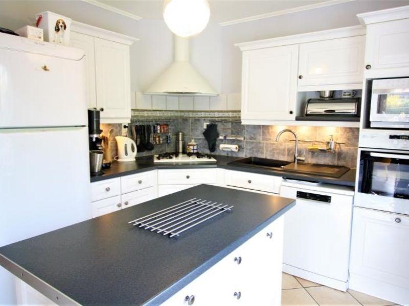 Sale house / villa St fuscien 360000€ - Picture 3