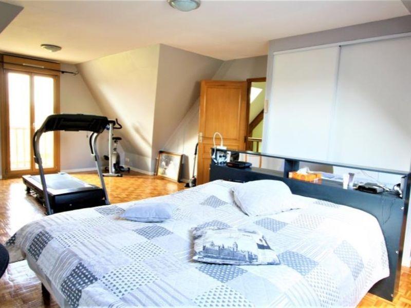 Sale house / villa St fuscien 360000€ - Picture 5