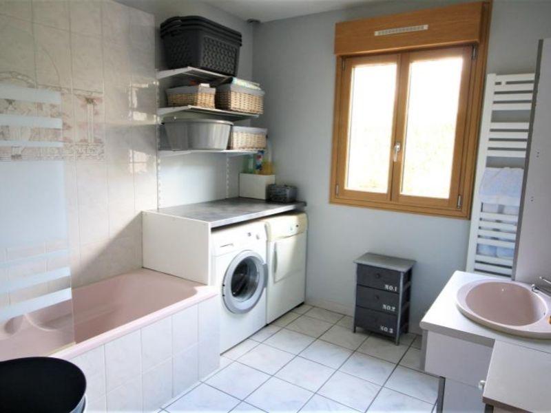 Sale house / villa St fuscien 360000€ - Picture 6