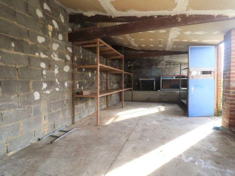 Rental empty room/storage Crevecoeur le grand 1000€ HC - Picture 4