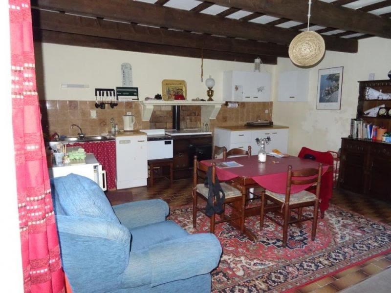 Sale house / villa Bourbriac 58850€ - Picture 3