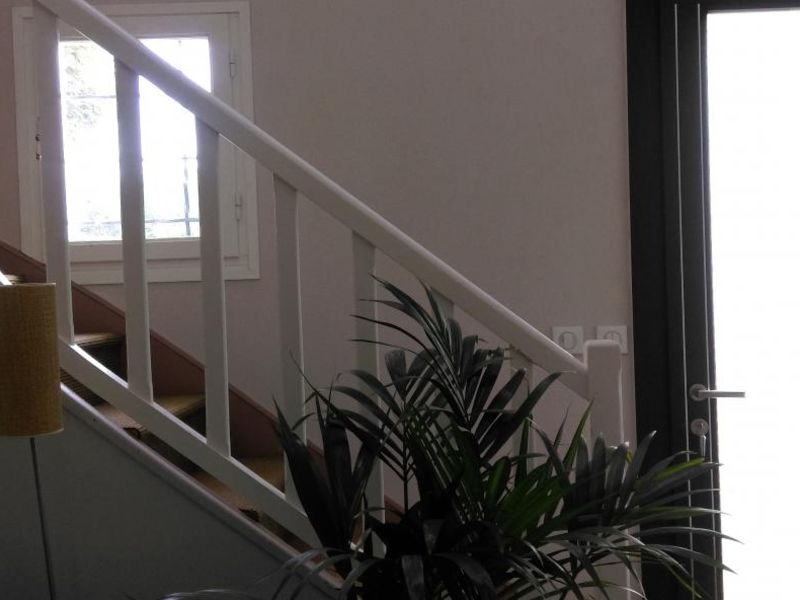 Sale house / villa Medan 940000€ - Picture 4