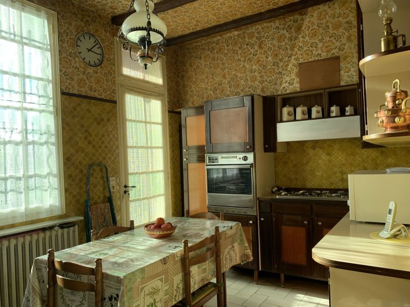 Sale house / villa Livry-gargan 329000€ - Picture 4