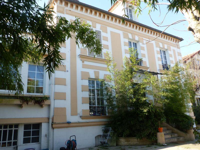 Sale building Villemomble 1250000€ - Picture 1