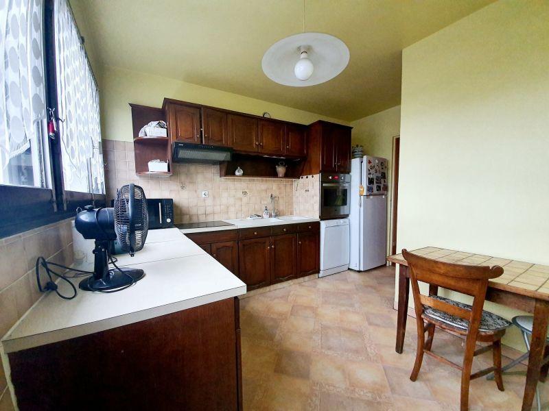 Sale apartment Livry-gargan 210000€ - Picture 3