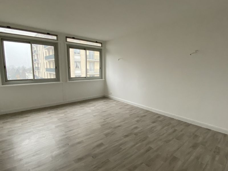 Sale apartment Le raincy 284 000€ - Picture 2