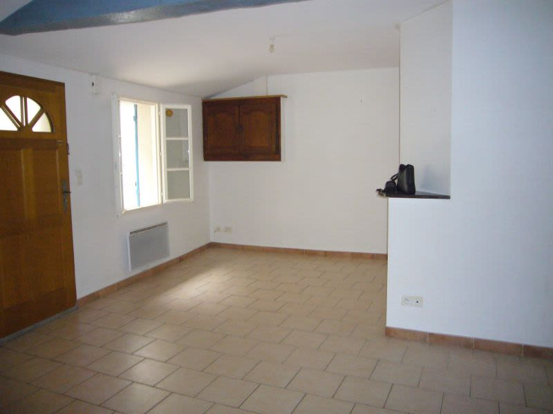 Rental house / villa Montreal 400€ CC - Picture 2