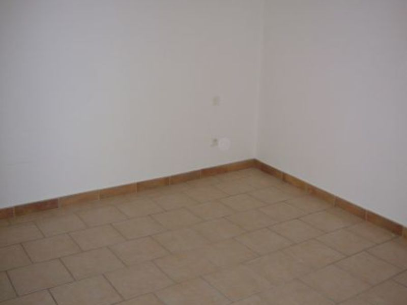 Rental house / villa Montreal 400€ CC - Picture 6