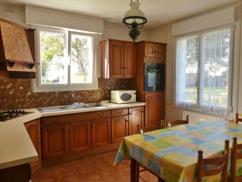 Sale house / villa Ploneour lanvern 206700€ - Picture 3