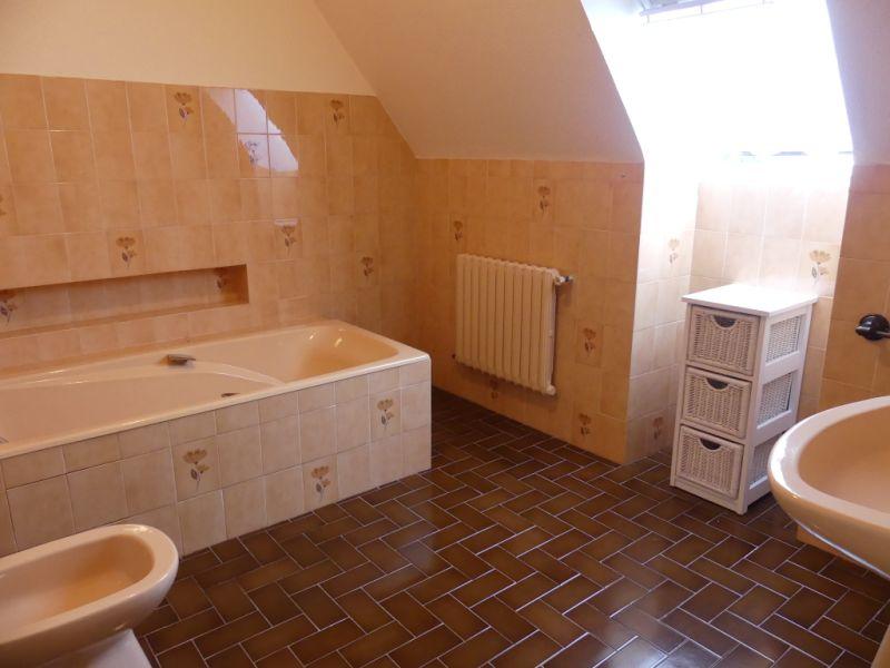Sale house / villa Ploneour lanvern 206700€ - Picture 6