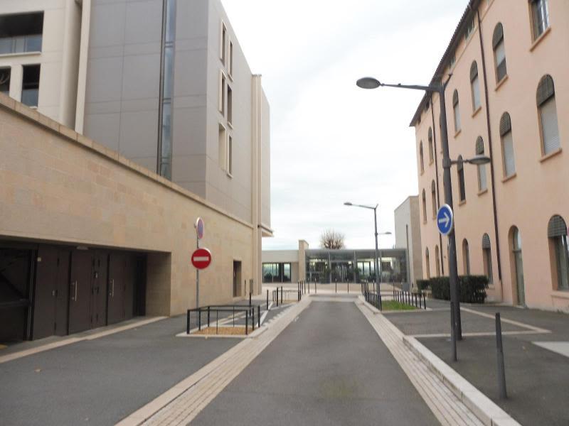 Location parking Lyon 100€ CC - Photo 2