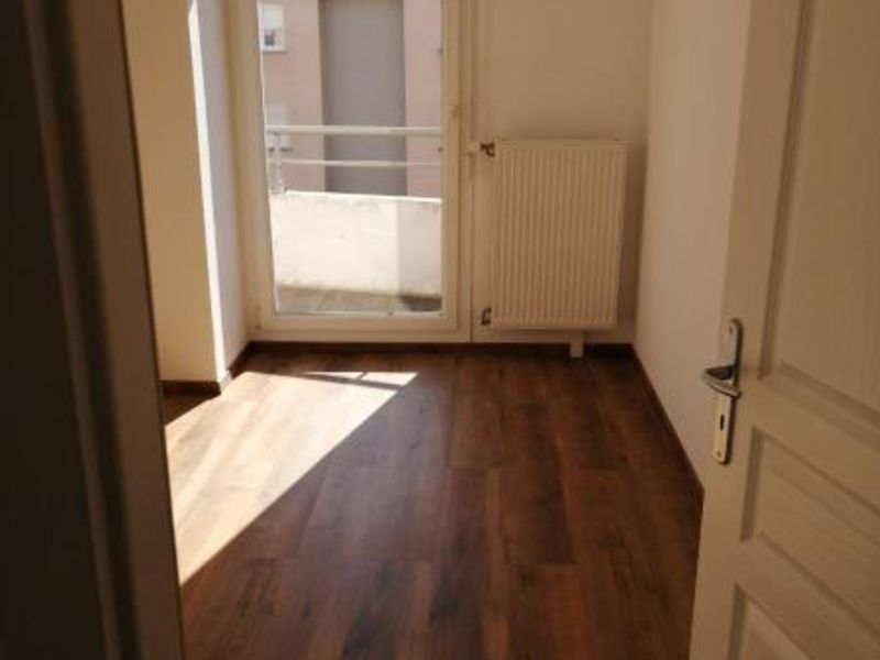 Location appartement Cernay 910€ CC - Photo 4