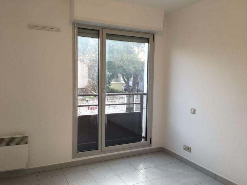 Locação apartamento Avignon 740€ CC - Fotografia 3