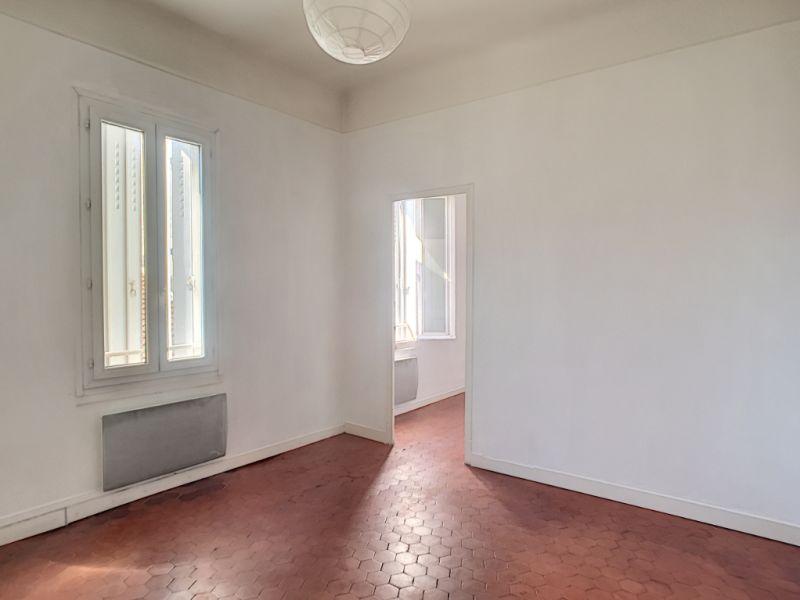 Locação apartamento Avignon 490€ CC - Fotografia 9