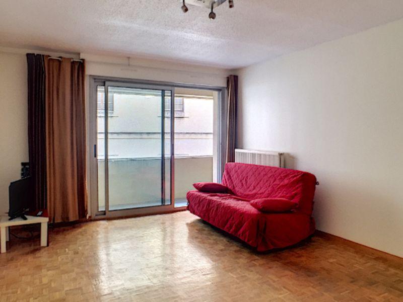Locação apartamento Avignon 850€ CC - Fotografia 1