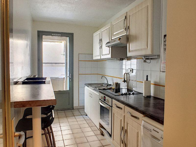 Locação apartamento Avignon 850€ CC - Fotografia 2