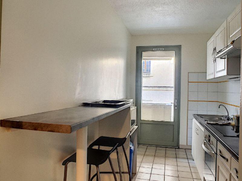 Locação apartamento Avignon 850€ CC - Fotografia 4