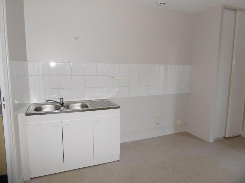 Location appartement L'arbresle 399€ CC - Photo 2