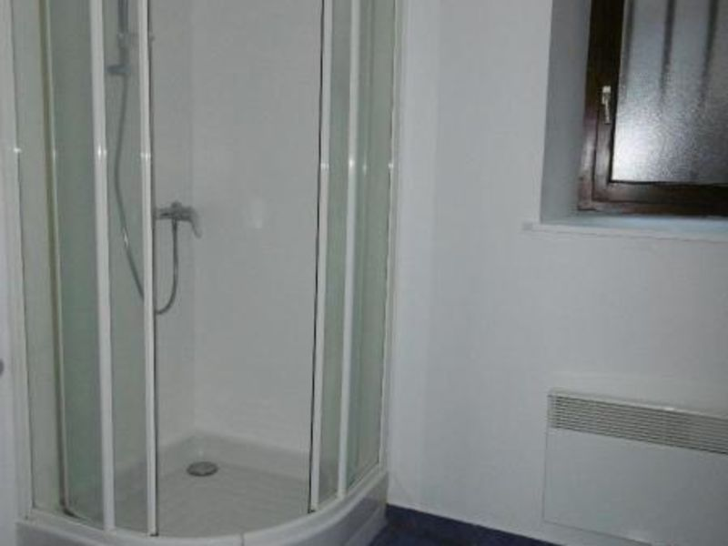 Location appartement L'arbresle 399€ CC - Photo 5