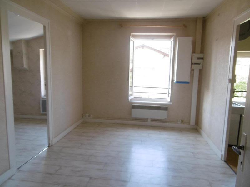 Location appartement Ste foy l'argentiere 300€ CC - Photo 2