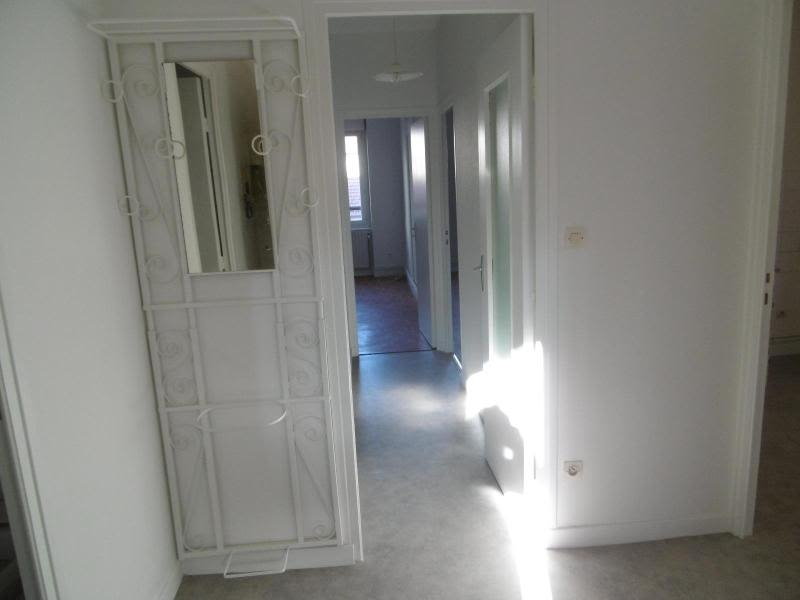 Location appartement Tarare 431,29€ CC - Photo 4