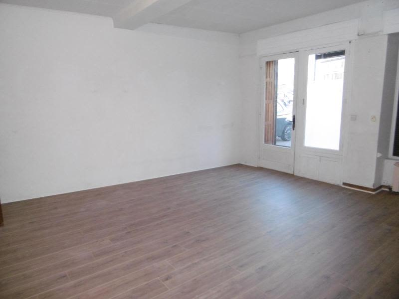 Location maison / villa Bully 850€ CC - Photo 4