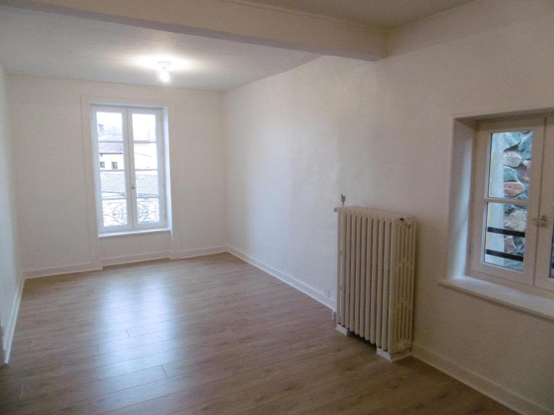 Location maison / villa Bully 850€ CC - Photo 9