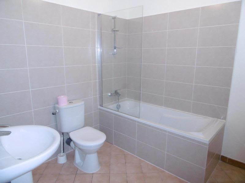 Location maison / villa Bully 850€ CC - Photo 10
