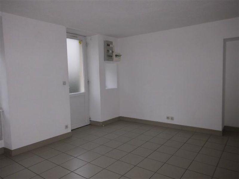 Location appartement St victor sur rhins 318€ CC - Photo 2