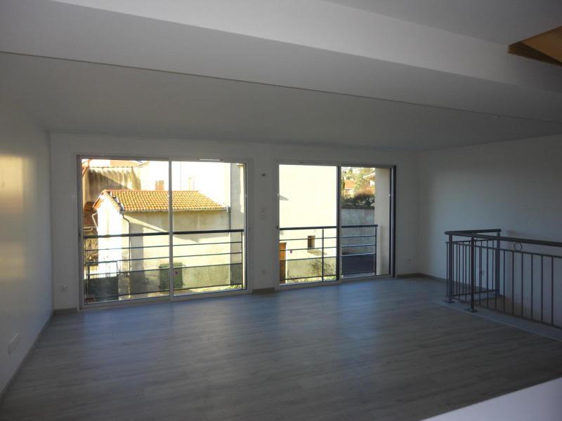 Location appartement Bessenay 795€ CC - Photo 4